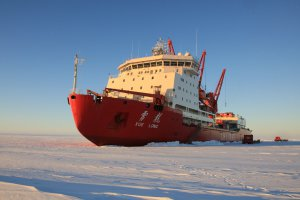 Chinese icebreaker, Xue Long Rescues a passenger ship